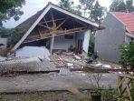 keadaan-rumah-akibat-gempa-bumi-di-jawa-timur.jpg
