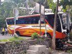 kecelakaan-bus-trenggalekjpg.jpg