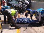 kecelakaan-lalu-lintas-di-tol-batang-semarang-tepatnya-di-km-346.jpg