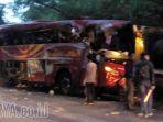 kecelakaan-maut-di-jalan-pantura-probolinggo-situbondo_1_20170714_092713.jpg