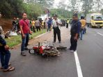 kecelakaan-maut-di-lembang_20180210_205553.jpg