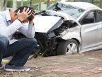 kecelakaan-mobil-nih2_20180419_130938.jpg
