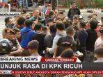 kelompok-massa-yang-mengatasnamakan-aliansi-mahasiswa-dan-pemuda-relawan-cinta-nkri-memicu-kerusuhan.jpg