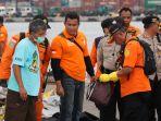 keluarga-korban-datangi-posko-evakuasi-di-tanjung-priok_20181031_182023.jpg
