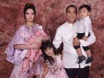 keluarga-nia-ramadhani-dan-ardie-bakrie_20180401_154330.jpg