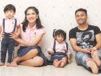 keluarga-penyanyi-judika_20171017_130928.jpg