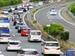 kemacetan-jalan-tol-setiap-pagi-di-jepang.jpg