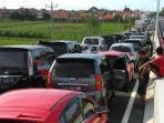 kemacetan-parah-di-brebes-timur-jumat-1-juli-2016_20160701_201729.jpg