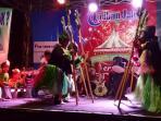 kemeriahan-festival-semarangan-tribun-jateng-dan-paramex_20160911_175030.jpg