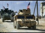 kendaraan-militer-as-terlihat-bergerak-di-wilayah-manbij-suriah_20180327_224312.jpg
