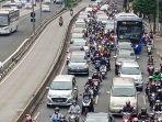 kepadatan-lalu-lintas-jakarta_20210907_183802.jpg