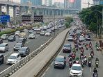 kepadatan-lalu-lintas-jakarta_20210907_183957.jpg