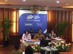 kepala-bps-sihariyanto-saat-konferensi-pers-perkembang-ekspor-impor-januari-2020-di-kantor-pusat-bps.jpg