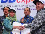 kepala-divisi-pengembangan-bisnis-pt-dirgantara-indonesia-ari-leliana_20181005_193347.jpg