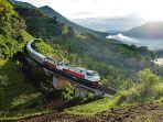 kereta-api-indonesia_20161207_180655.jpg