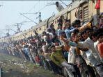 kereta-india_20171221_225440.jpg