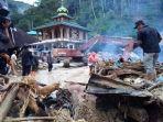 kerusakan-akibat-banjir-bandang-di-mandailing-natal_1_20181014_064202.jpg
