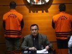 KPK Amankan 3 Mobil Saat OTT Pejabat Kemensos dalam Kasus Korupsi Dana Bansos Covid-19