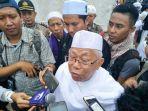 ketua-majelis-ulama-indonesia-maruf-amin_20171201_161749.jpg