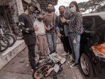 VIRAL Sosok Pak Wahab Tuntun Sepeda Tawarkan Pijat, Meski Dapat Banyak Donasi Tapi Masih Mau Berbagi