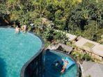 kolam-renang-di-the-kayon-jungle-resort-bali.jpg