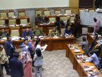 komisi-iii-dpr-tetapkan-lima-pimpinan-kpk_20190913_015149.jpg