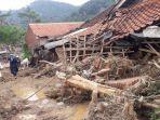 kondisi-pemukiman-warga-di-desa-sukamaju-pasca-dilanda-banjir.jpg