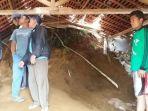 kondisi-rumah-solikhin-di-rt-34-desa-jingkang_20180223_211828.jpg