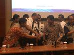 konferensi-pers-garuda_20180707_011019.jpg