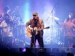8 Chord Lagu Bertema Lingkungan dari Iwan Fals: Tak Biru Lagi Lautku hingga Pohon Untuk Kehidupan