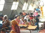 korban-pengungsi-cipatat_20161120_022342.jpg