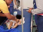 korban-sedang-diperiksa-di-rumah-sakit-unair-surabaya_20180109_203323.jpg