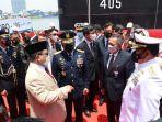 Menhan Prabowo Serahterimakan Kapal Selam KRI Alugoro-405 ke TNI