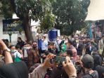 Kehadiran Kuasa Hukum Rizieq Shihab Kembali Dibatasi saat Sidang Lanjutan Besok