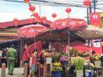 Kisah Siswanto, Pedagang Bunga di Depan Wihara Omzetnya Lesu pada Imlek Tahun ini