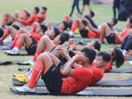 latihan-perdana-sriwijaya-fc-di-stadion-bumi-sriwijaya_20200903_151859.jpg