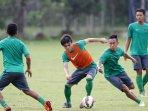 latihan-timnas-u-22-jelang-kualifikasi-piala-asia_20150303_145856.jpg