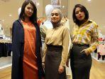laura-ayudia-dan-vanesha-pamerkan-koleksi-fashion-uniqlo_20190718_163235.jpg