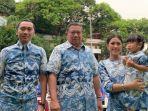lebaran-susilo-bambang-yudhoyono-sby-bersama-anak-menantu-dan-cucunya.jpg
