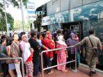 libur-lebaran-bus-tingkat-ramai-diminati-warga_20170703_124528.jpg