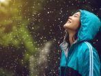 liburan-di-musim-hujan_20181003_215357.jpg