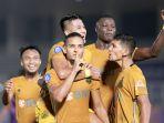 liga-1-bhayangkara-fc-kalahkan-persik-kediri-2-0_20210930_053019.jpg