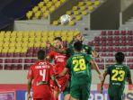 liga-1-persija-jakarta-takluk-0-1-dari-persebaya-surabaya_20211027_101913.jpg