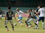 liga-1-persikabo-1973-vs-persib-bandung-imbang-0-0_20210927_225333.jpg