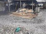 limbah-berupa-kulit-kerang-di-kawasan-muara-angke.jpg