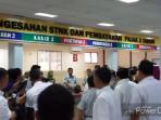 loket-kantor-samsat-pekanbaru_20160630_130143.jpg
