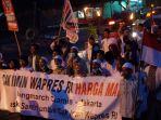 long-march-laskar-santri-ciamis-jakarta-untuk-cak-imin-2019-lewati-gedung-sate_20180730_040240.jpg