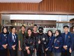mahasiswa-akademi-pariwisata-indonesia-akpindo-dan-sekolah.jpg
