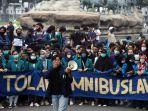 Menko Polhukam Ingatkan Aparat yang Amankan Unjuk Rasa UU Cipta Kerja Tidak Bawa Peluru Tajam