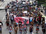 mahasiswa-papua-di-kota-bandung-gelar-unjuk-rasa_20190827_205311.jpg